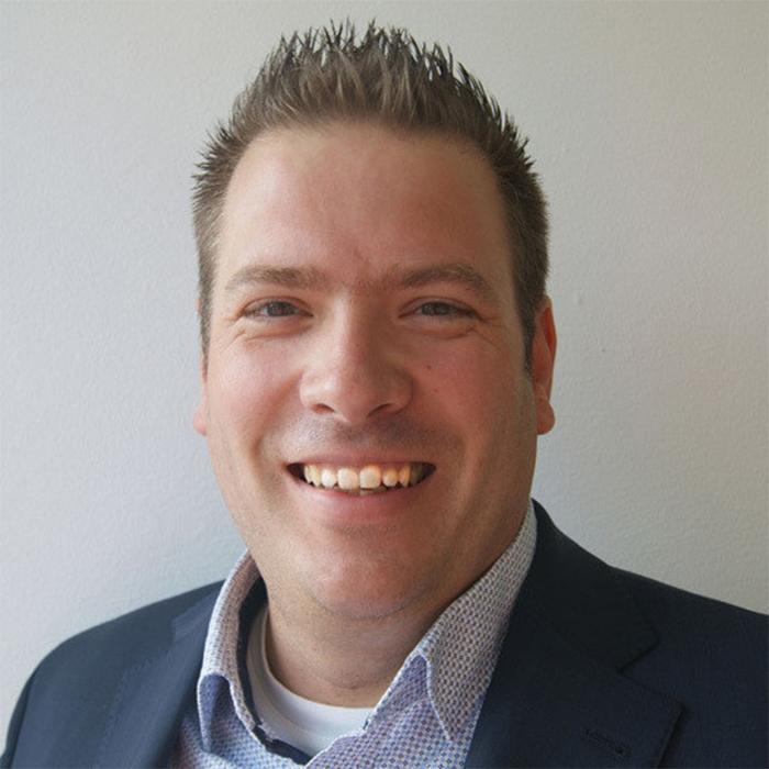 Stefan Reusch_Vertriebsaußendienst_groß